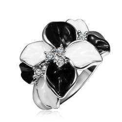 Vienna Jewelry White Gold Plated Onyx & Ivory Plated Ring Size 8 - Thumbnail 0