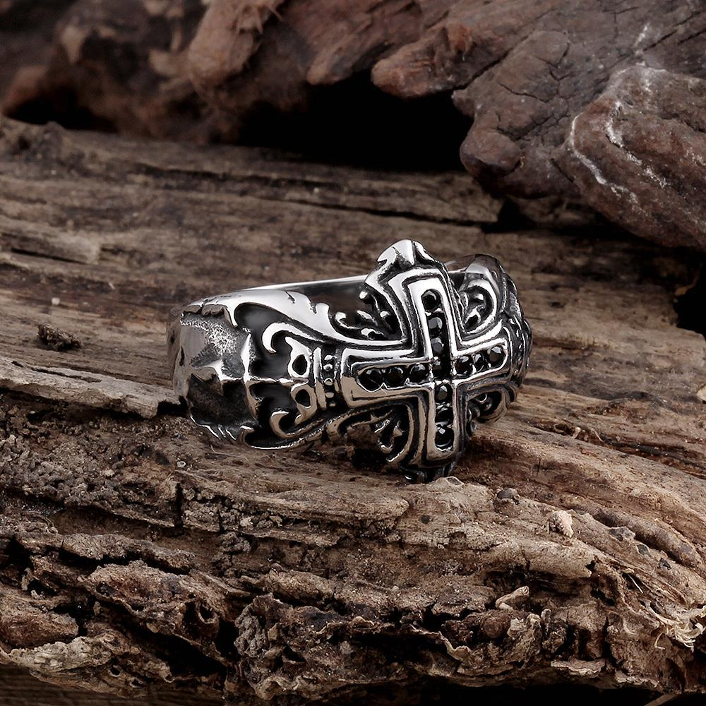Vienna Jewelry The English Cross Stainless Steel Ring
