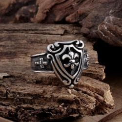 Vienna Jewelry Medium Shield Emblem Stainless Steel Ring - Thumbnail 0
