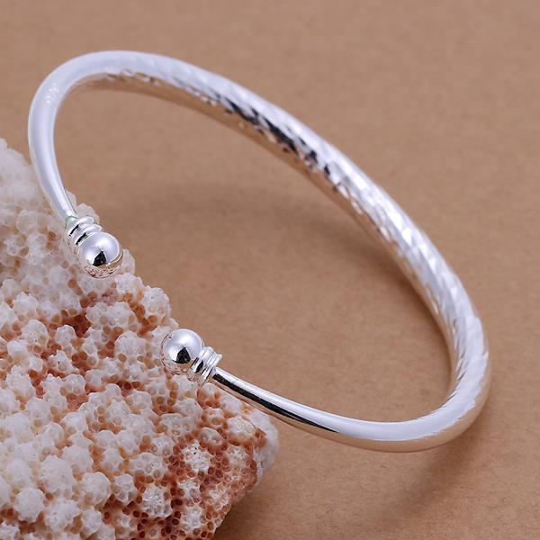 Vienna Jewelry Sterling Silver Intertwined Petite Open Bangle