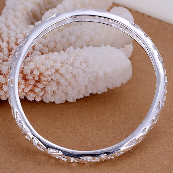 Vienna Jewelry Sterling Silver Laser Cut Petite Bangle