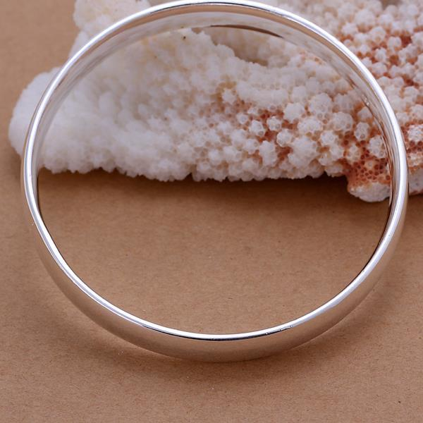 Vienna Jewelry Sterling Silver Petite Modern Bangle