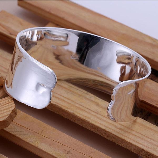 Vienna Jewelry Sterling Silver Modern Classic Open Bangle
