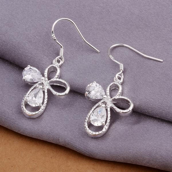 Vienna Jewelry Sterling Silver Petite Hollow Clover Shaped Earring