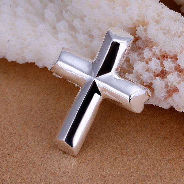 Vienna Jewelry Sterling Silver Sleek Modern Cross Pendant