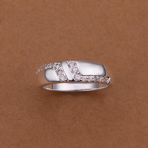 Vienna Jewelry Sterling Silver Crystal Jewels Lining Petite Ring Size: 8