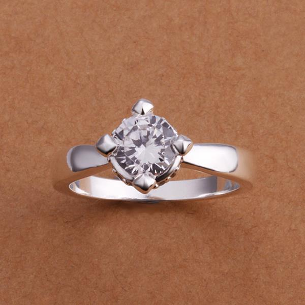 Vienna Jewelry Sterling Silver Center Crystal Princess Design Ring Size: 8