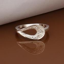Vienna Jewelry Sterling Silver Curved Emblem Petite Ring Size: 8 - Thumbnail 0