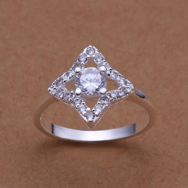 Vienna Jewelry Sterling Silver Diamond Shaped Crystal Lined Ring Size: 8