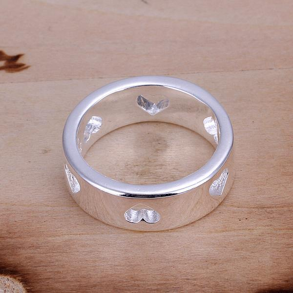 Vienna Jewelry Sterling Silver Petite Ring with Hollow Hearts Ingrain Size: 7