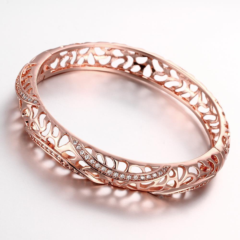 Vienna Jewelry Rose Gold Plated Raise The Bar Bangle