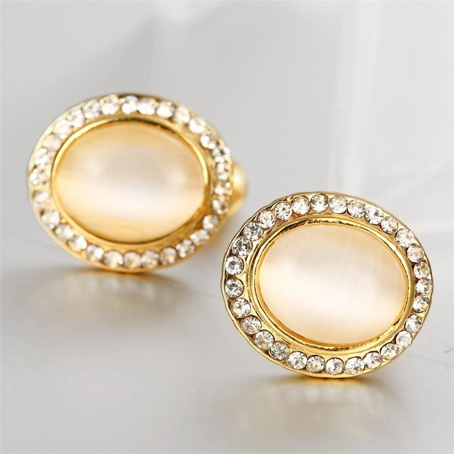 Vienna Jewelry 18K Gold Spiral Classic Stud Earrings Made with Swarovksi Elements
