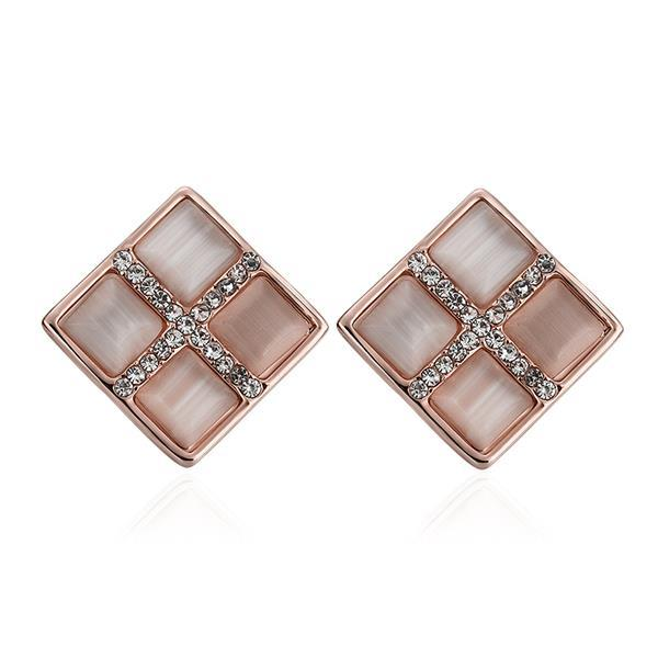 Vienna Jewelry 18K Rose Gold Diamond Shaped Stud Earrings Made with Swarovksi Elements