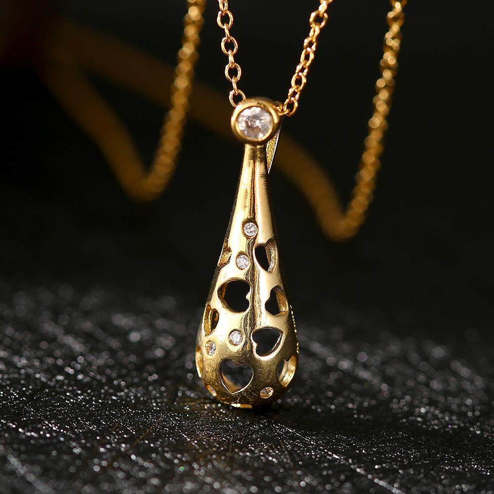 Vienna Jewelry Gold Plated Laser Cut Hollow Pendant Necklace