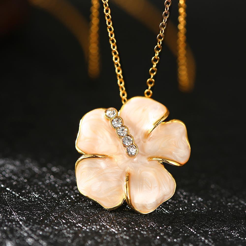 Vienna Jewelry Gold Plated Coral Onyx Floral Petal Necklace
