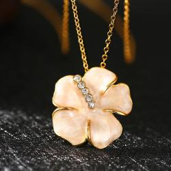 Vienna Jewelry Gold Plated Coral Onyx Floral Petal Necklace - Thumbnail 0
