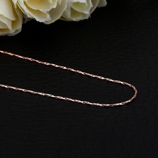 Vienna Jewelry Rose Gold Plated Intertwined Chain Necklace