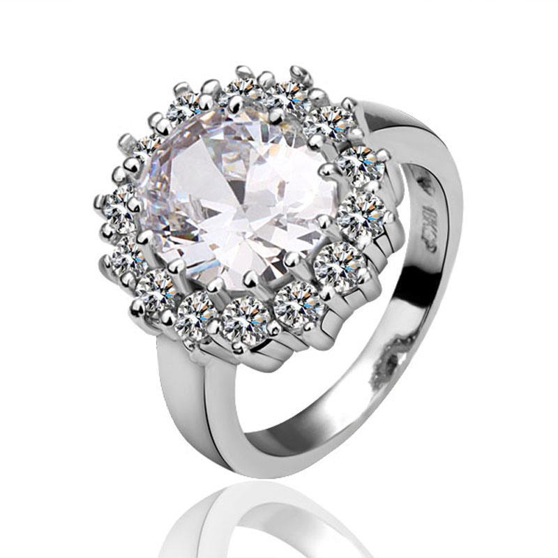 Vienna Jewelry Crystal Jewel Swarvoski Inspired Encrusted Ring Size 8