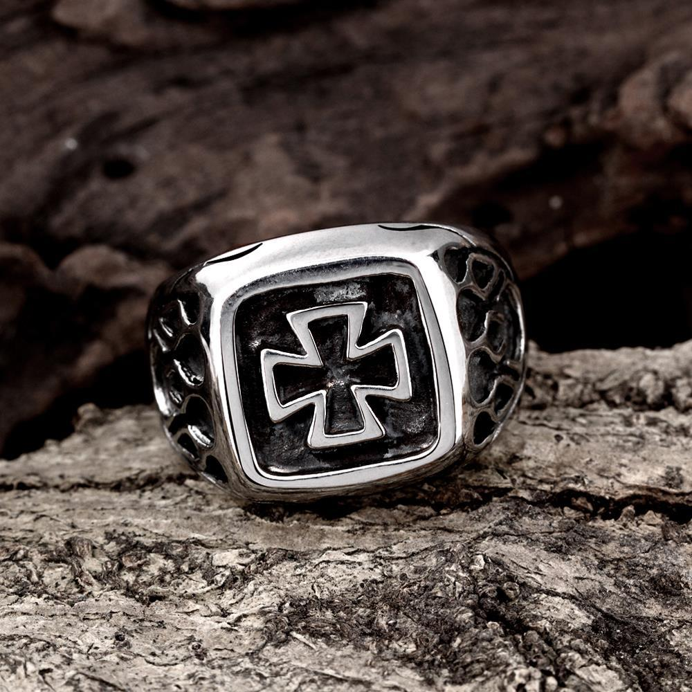Vienna Jewelry Mini Cross Square Stainless Steel Ring