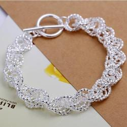 Vienna Jewelry Sterling Silver Intertwined Clasp Closure Bracelet - Thumbnail 0