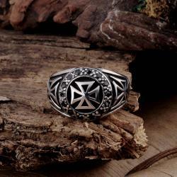 Vienna Jewelry Mini Cross Stainless Steel Ring - Thumbnail 0