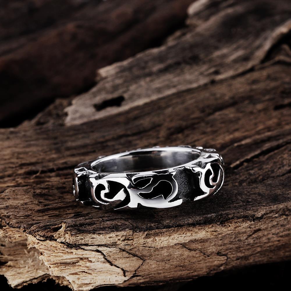 Vienna Jewelry Roman Ingrained Stainless Steel Ring