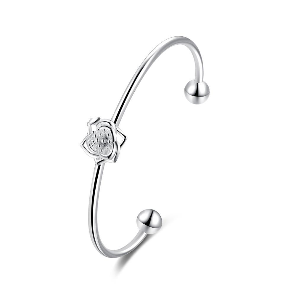Vienna Jewelry Sterling Silver Petite Curved Floral Emblem Bangle