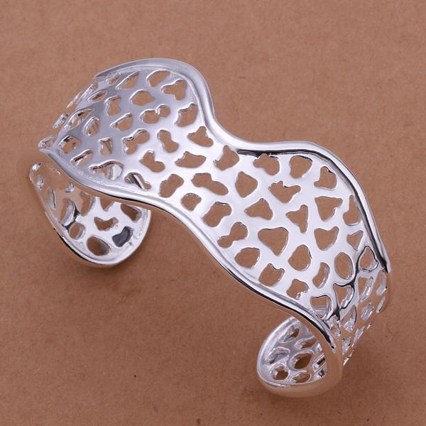 Vienna Jewelry Sterling Silver Laser Cut Curved Bangle