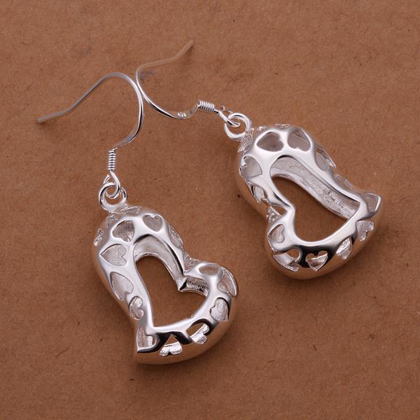 Vienna Jewelry Sterling Silver Laser Cut Petite Heart Shaped Earring
