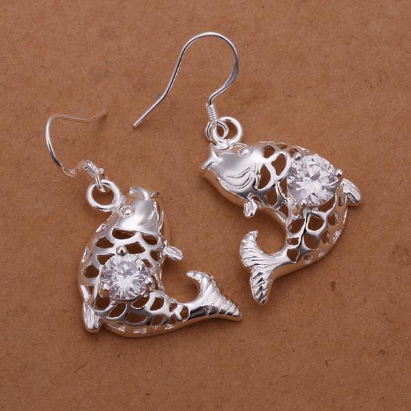 Vienna Jewelry Sterling Silver Laser Cut Salmon of The Sea Eaarrings