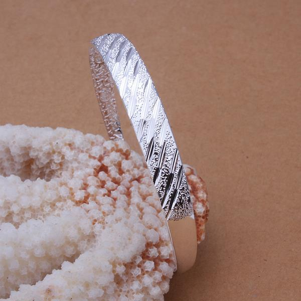 Vienna Jewelry Sterling Silver Multi Curved Lined Open Bangle
