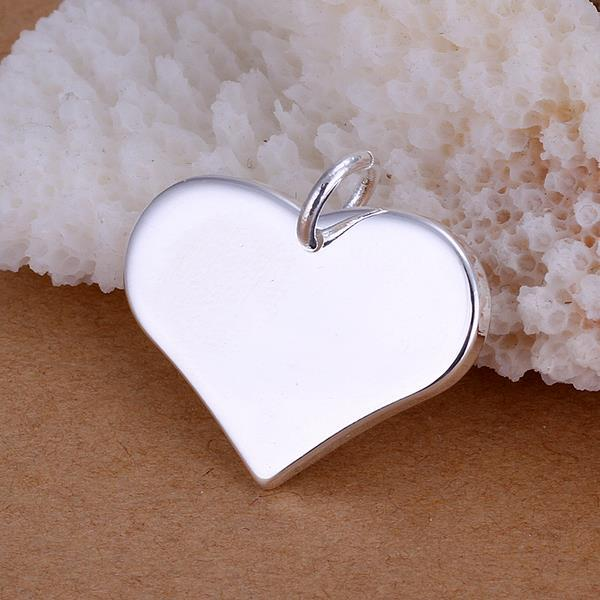 Vienna Jewelry Sterling Silver Classic Heart Pendant