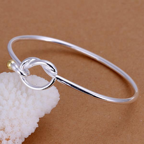 Vienna Jewelry Sterling Silver Knot Emblem Bangle
