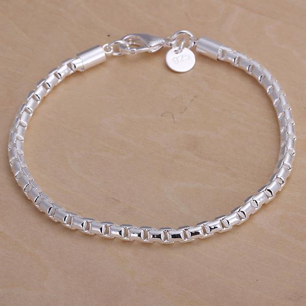 Vienna Jewelry Sterling Silver Sleek Modern Petite Bracelet