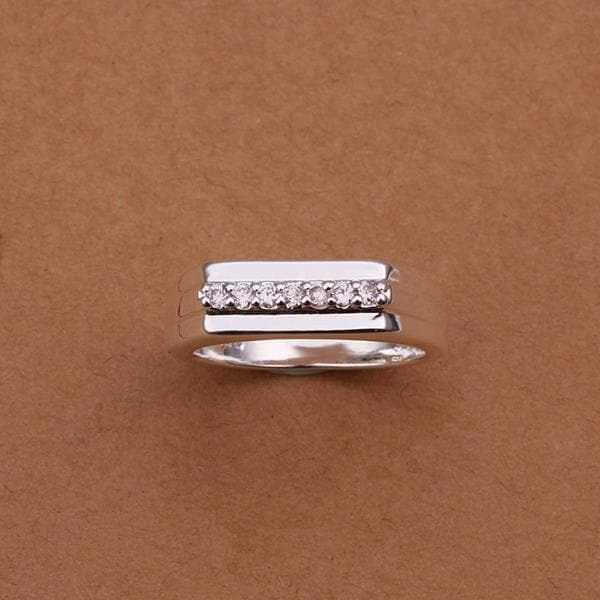 Vienna Jewelry Sterling Silver Trio-Lined Jewels Covering Petite Ring Size: 8