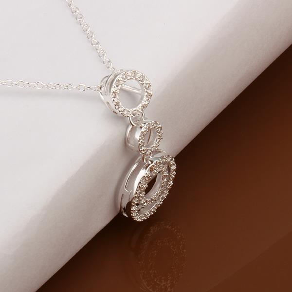 Vienna Jewelry Sterling Silver Trio-Circular Pendant Drop Necklace