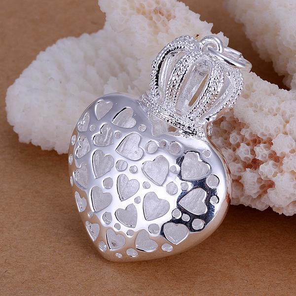 Vienna Jewelry Sterling Silver Laser Cut Heart Shaped Pendant