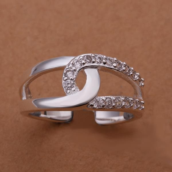 Vienna Jewelry Sterling Silver Half CZ Inline Swirl Ring Size: 8