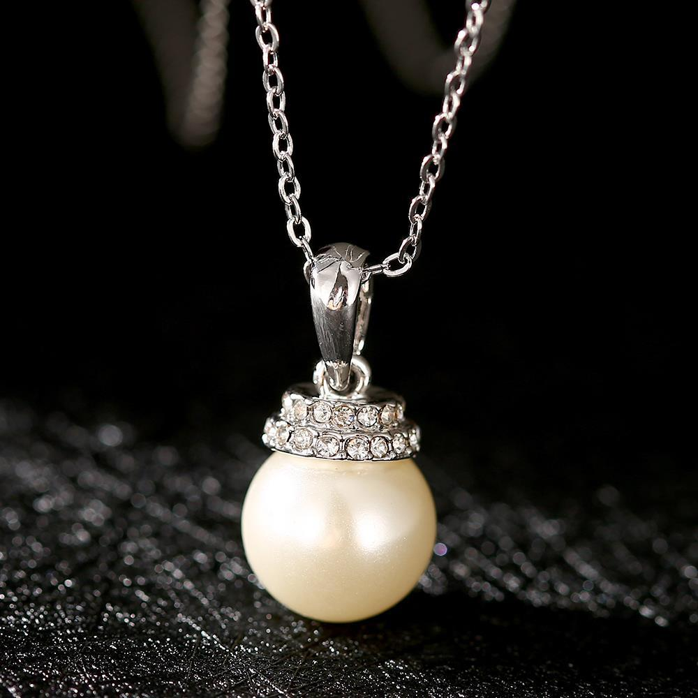 Vienna Jewelry White Gold Plated Chandelier Pearl Drop Necklace