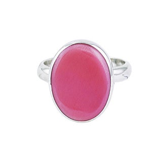 Sterling Silver Oval-cut Pink Conch Ring (Size 7)