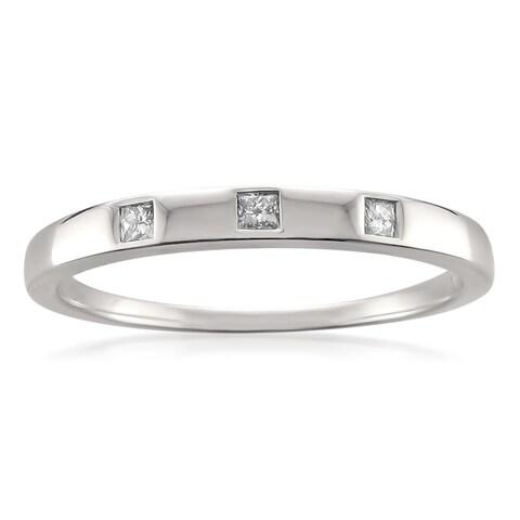 Montebello 10k White Gold 1/10ct TDW Princess-cut Diamond Wedding Band