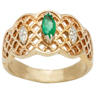 18k Yellow Gold Diamonds and Emerald Lattice Design Band Ring