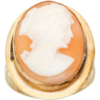 14k Yellow Gold Oval Cameo Estate Ring (Size 5.5)