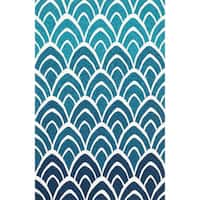 "Hand-hooked Indoor/ Outdoor Capri Blue/ Multi Rug (2'3 x 3'9) - 2'3"" x 3'9"""