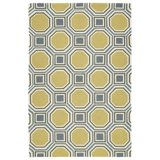 Indoor/Outdoor Handmade Getaway Gold Rug (9'0 x 12'0)