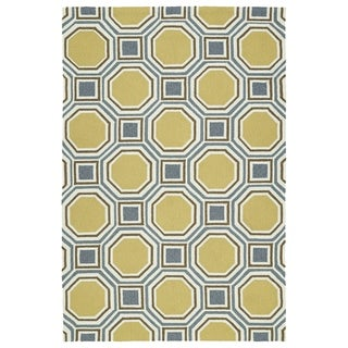 "Indoor/Outdoor Handmade Getaway Gold Rug (5' x 7'6"")"