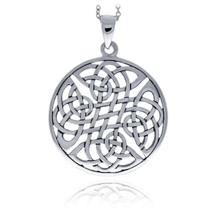 Mondevio Sterling Silver Celtic Knot Round Necklace