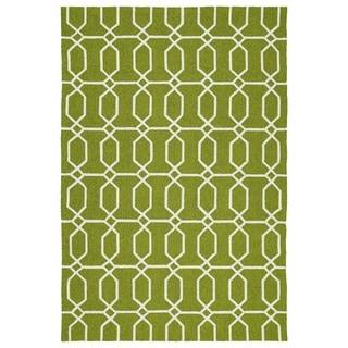 Indoor/Outdoor Handmade Getaway Apple Green Links Rug (8'0 x 10'0) - 8' x 10'