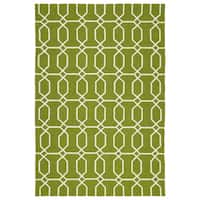 Indoor/Outdoor Handmade Getaway Apple Green Links Rug - 8' x 10'