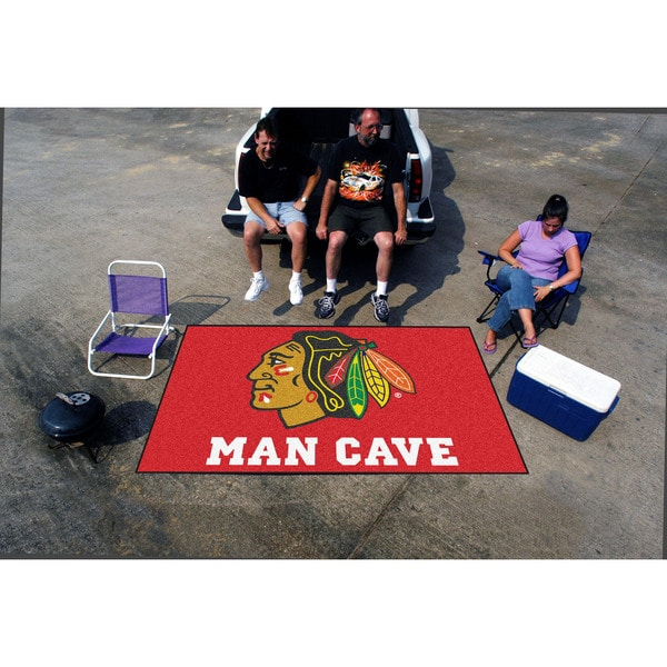 Fanmats Machine-made Chicago Blackhawks Red Nylon Man Cave Ulti-Mat (5' x 8')